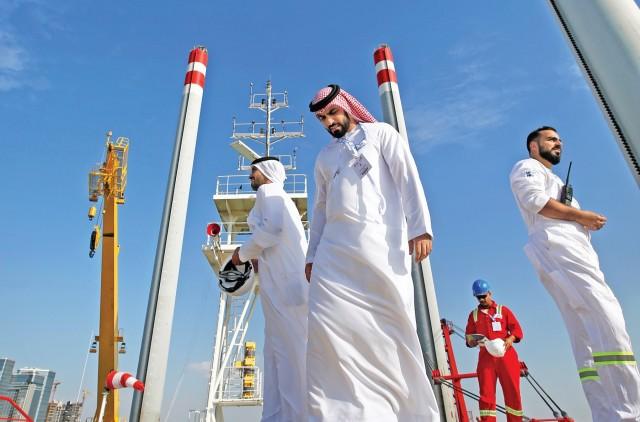 Κάμψη των εξαγωγών μαύρου χρυσού για τη Σαουδική Αραβία