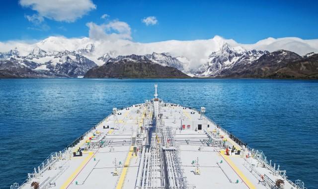 Η έκκληση ΜΚΟ στον ΙΜΟ για τα πλοία καύσης HFO στην Αρκτική