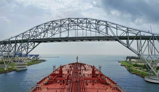 Mega συγχώνευση στην αγορά των tankers