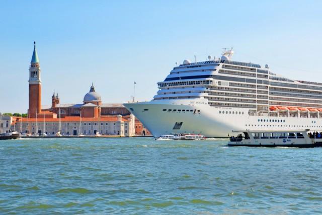 Κλείνει το ιστορικό κέντρο της Βενετίας για τα κρουαζιερόπλοια
