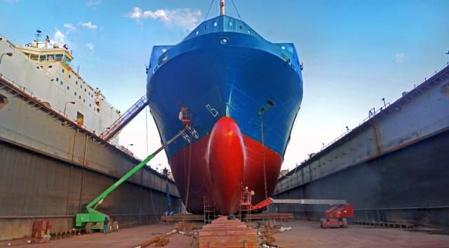 «Τιτανομαχία» Κίνας και Νότιας Κορέας στα ναυπηγεία