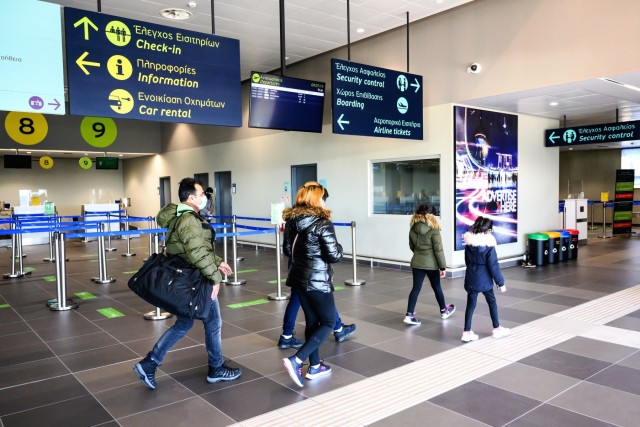 ΥΠΑ: Μείωση 60,9% στη συνολική επιβατική κίνηση τον Μάρτιο