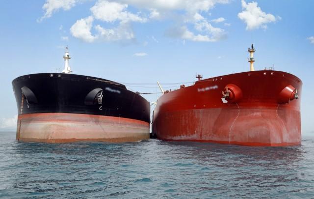 Πώς προσφορά και ζήτηση συνθέτουν το παζλ των τιμών πετρελαίου