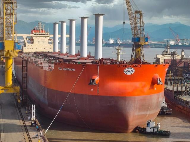 Εγκατάσταση πέντε Rotor Sails σε νεότευκτο VLOC