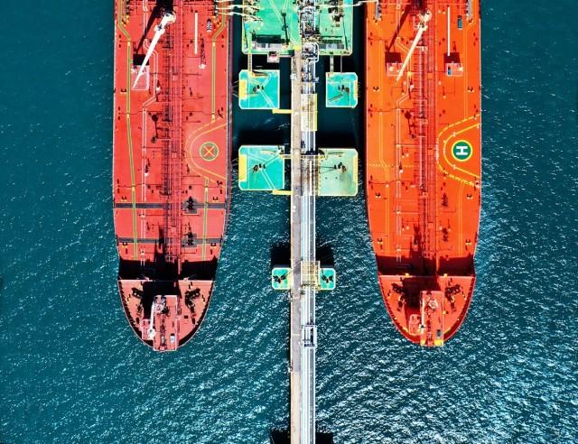 Αγοραπωλησίες tankers: Αψηφώντας τη ναυλαγορά