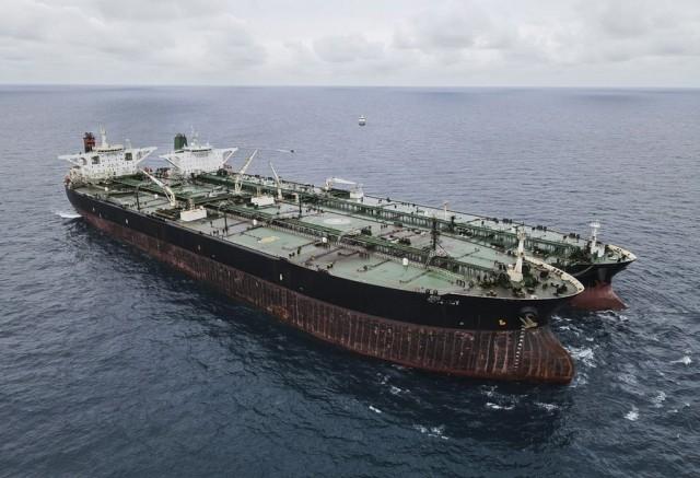 Αποδέσμευση ιρανικού δεξαμενόπλοιου από τις ινδονησιακές αρχές