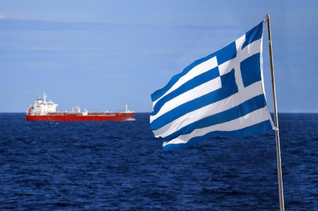 Ετήσια μείωση 0,9% για τη δύναμη του ελληνικού εμπορικού στόλου