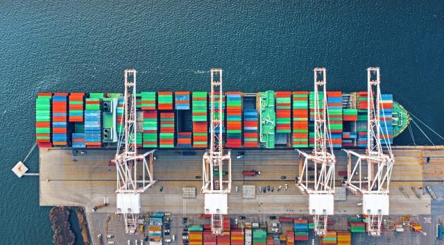 Containerships: Η καλή ναυλαγορά και το άνευ προηγουμένου κύμα παραγγελιών
