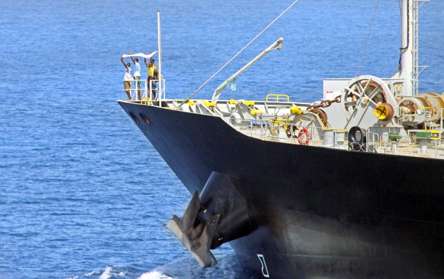 Κανένα περιθώριο εφησυχασμού για τις πειρατικές επιθέσεις σε πλοία