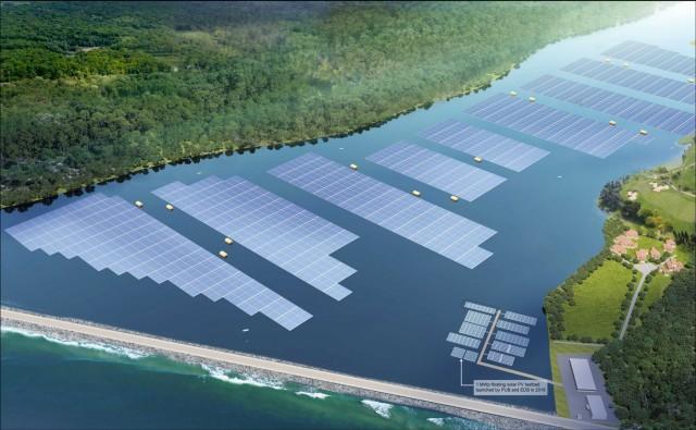 Εγκαίνια για ένα από τα μεγαλύτερα πλωτά ηλιακά πάρκα παγκοσμίως