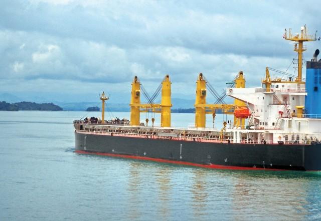 Bulk carriers: Με αμείωτο ρυθμό η ανάταση της αγοράς