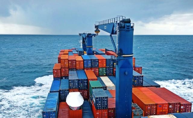 Στα χαμηλά οι διαλύσεις containerships