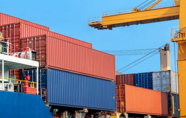 Το Βιετνάμ αντιμέτωπο με τη συνεχόμενη ανισορροπία στις διεθνείς μεταφορές