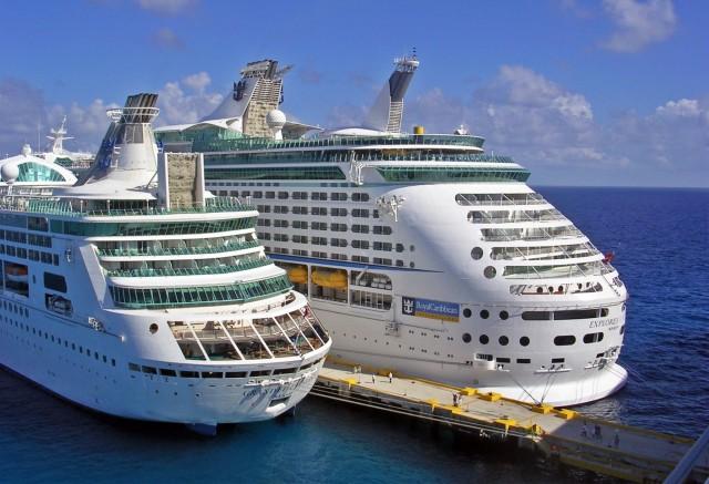 Royal Caribbean: «Πλήρης» επιστροφή το 2022