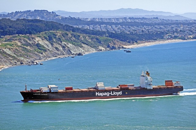 Hapag – Lloyd: Tα κέρδη μίας δεκαετίας σε ένα μόνο εξάμηνο