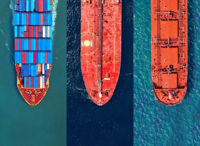 Διαλύσεις: Ανάμεικτες τάσεις για bulkers, tankers, containerships