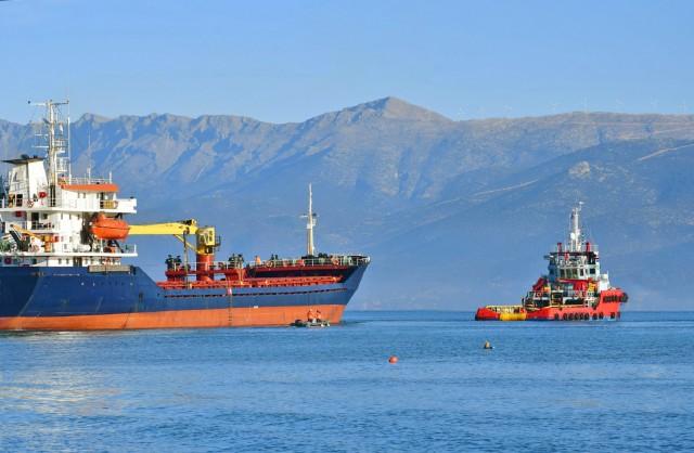 Ακυβερνησία φορτηγού πλοίου βόρεια της Κύθνου