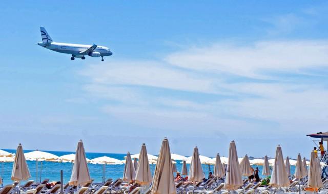 Παράταση αεροπορικών οδηγιών πτήσεων εσωτερικού από και προς νησιωτικούς προορισμούς