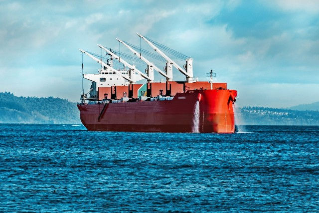 Bulk carriers: Πώς η ζήτηση ευνοεί τη ναυλαγορά