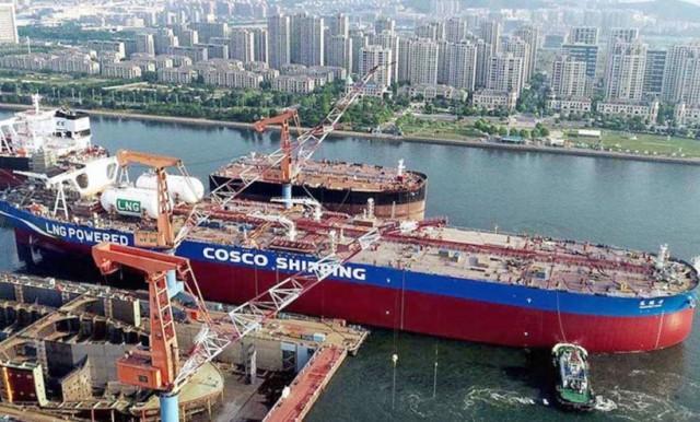 Ναυπηγήθηκε το πρώτο στον κόσμο VLCC διπλού καυσίμου κατανάλωσης LNG