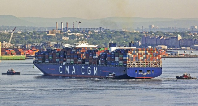 Tι σημαίνει η απόφαση της CMA CGM να«παγώσει» την αύξηση στους ναύλους