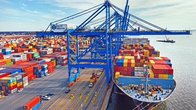 Η Ports America αλλάζει χέρια