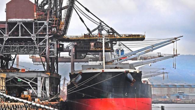 Κίνα: Κατακόρυφη πτώση της παραγωγής χάλυβα