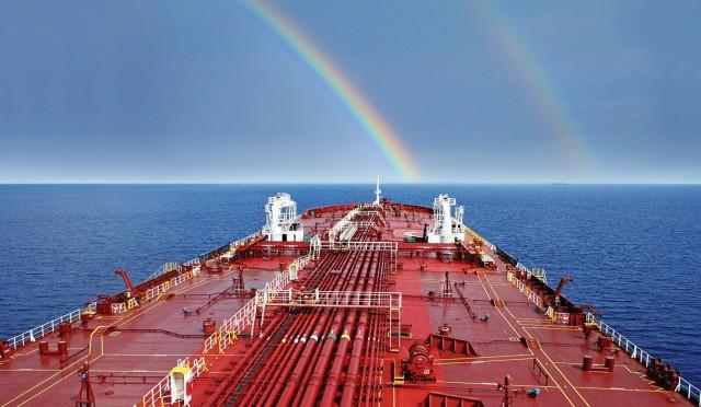 Απανθρακοποίηση της ναυτιλίας: Ο κλάδος ενώνει τις δυνάμεις του και καλεί τις κυβερνήσεις για άμεση δράση