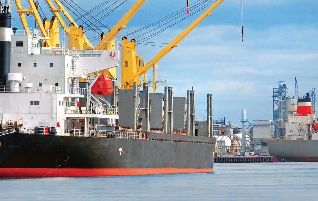 Οι συνθήκες που ευνοούν τη ναυλαγορά των bulk carriers