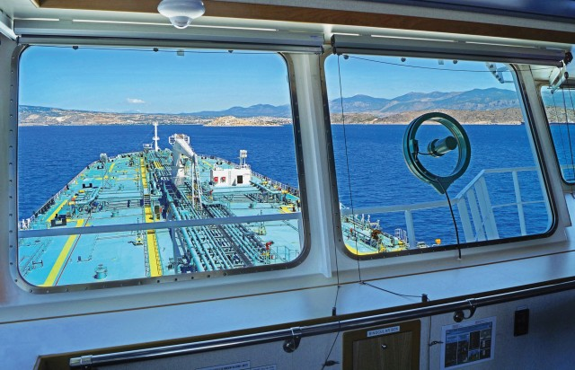 Σε τεντωμένο σχοινί η αγορά των δεξαμενόπλοιων: Οι εκτιμήσεις για το 2021 και το 2022