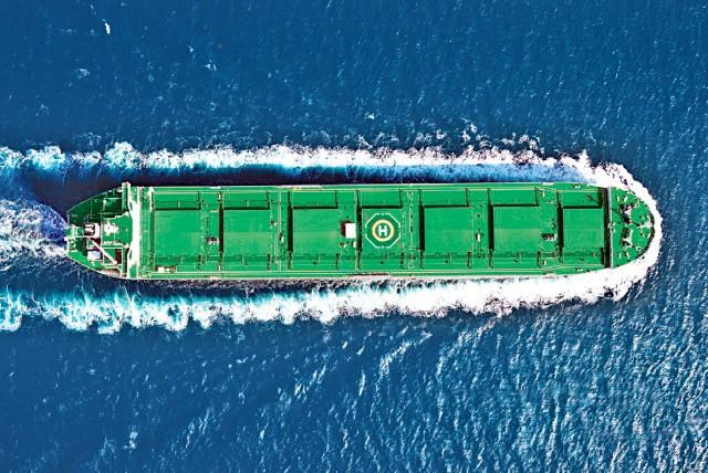 Φτερά στα κέρδη των Capesizes από τη θαλάσσια μεταφορά σιδηρομεταλλεύματος
