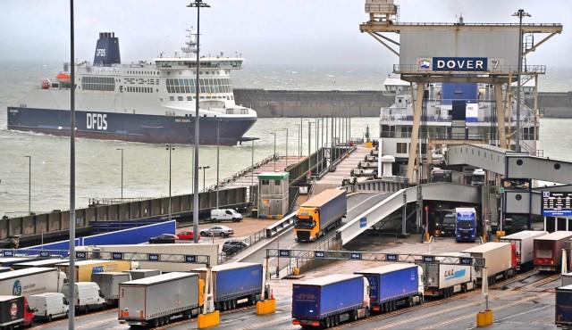 Ηνωμένο Βασίλειο: Κραυγή αγωνίας για την έλλειψη οδηγών φορτηγών